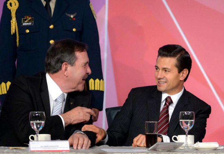 Peña Nieto encabezó el 99 aniversario de la Concanaco-Servytur en la Ciudad de México. (Presidencia)