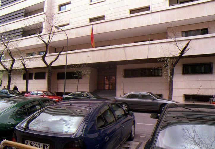 La Audiencia Nacional de España, cuyo edificio aparece en la imagen, resolverá en breve la extradición de un joven mexicano acusado de abuso. (EFE)