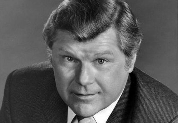 Bob Hastings hizo el famoso papel del teniente Carpenter en 'McHale's Navy'. Esta foto corresponde a 1982. (Foto: AP)