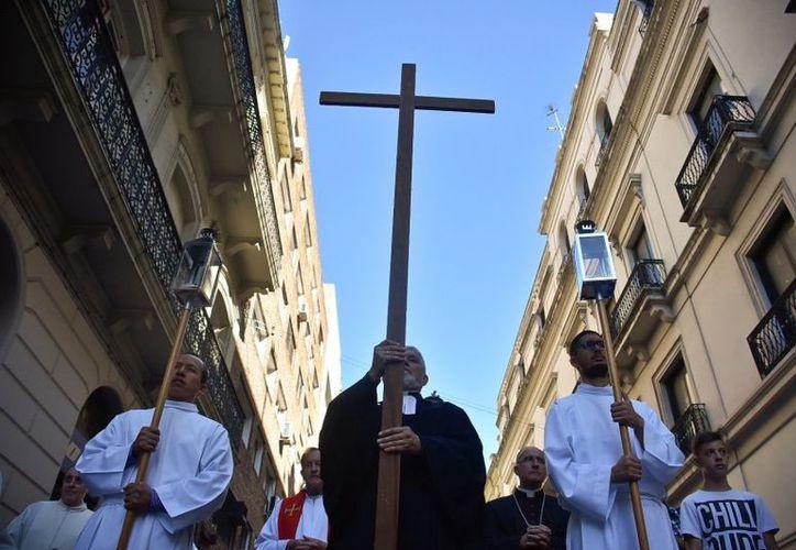 El allanamiento coincide con la visita a Chile del arzobispo de Malta, Charles Scicluna, y de monseñor Jordi Bertomeu. (Contexto/Internet)