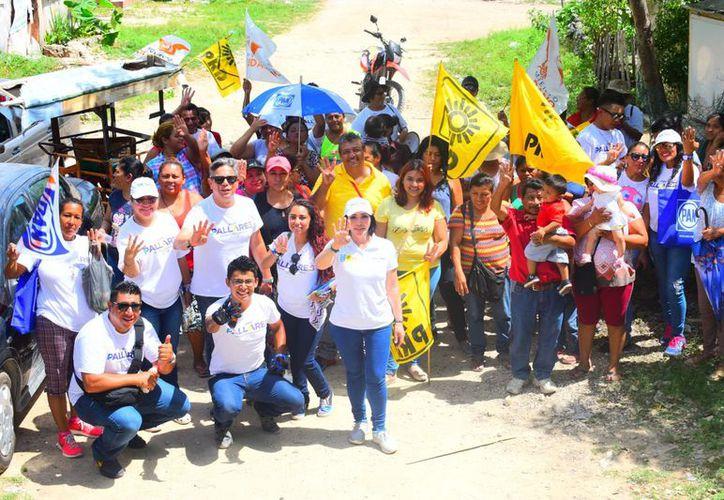 En los recorridos por las regiones que conforman el Distrito 04, en Cancún, Gaby Pallares recoge impresiones ciudadanas respecto al tema de la seguridad. (Redacción/SIPSE)