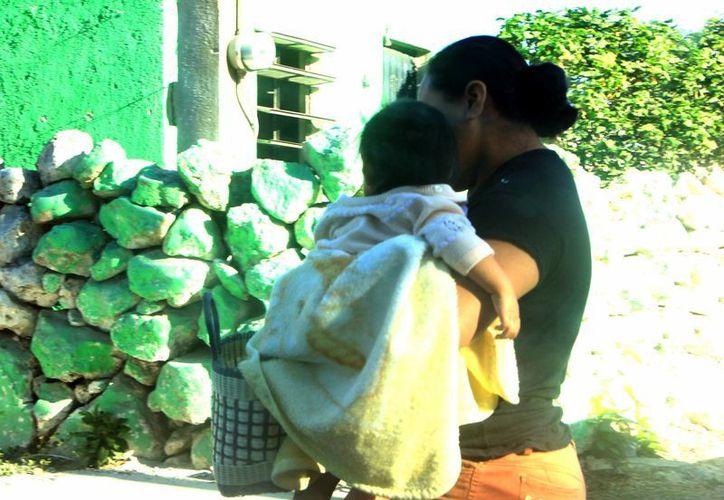 Los niños son los más vulnerables a las enfermedades, por lo que hay que vacunarlos a tiempo. (SIPSE)