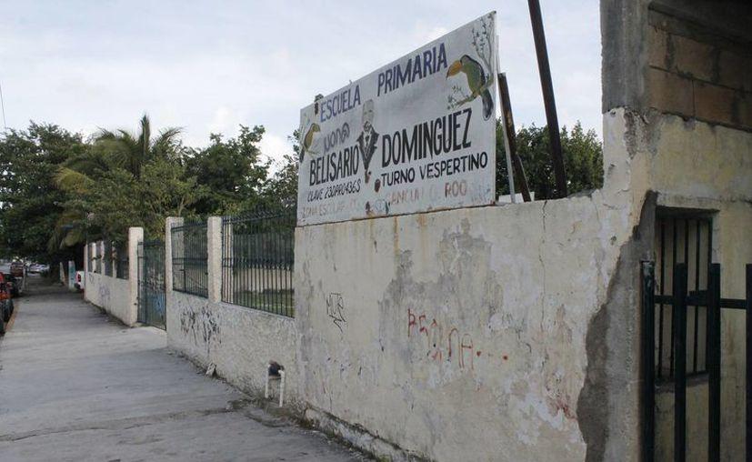 Constructoras de la CMIC rehabilitarán escuelas de preescolar, primaria y secundaria. (Jesús Tijerina/SIPSE)