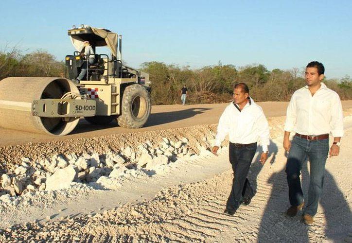 De acuerdo con el Incay, las obras que se realizan en Ciudad Caucel  benefician a 22 mil familias. (Oficial)