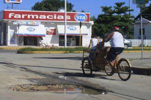 Va para largo el problema de los baches en Chetumal