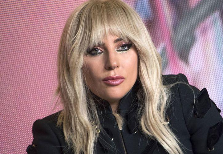 Lady Gaga tiene planeado estar las próximas siete semanas trabajando junto a su médicos para tratarse de la fibromialgia que sufre. (RTVE)