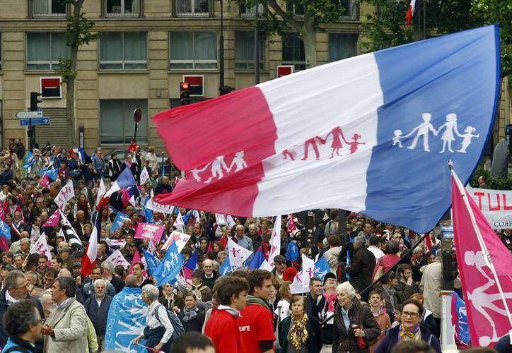 Entre 420 mil y 470 mil personas participaron en la marcha de este domingo. (Agencias)