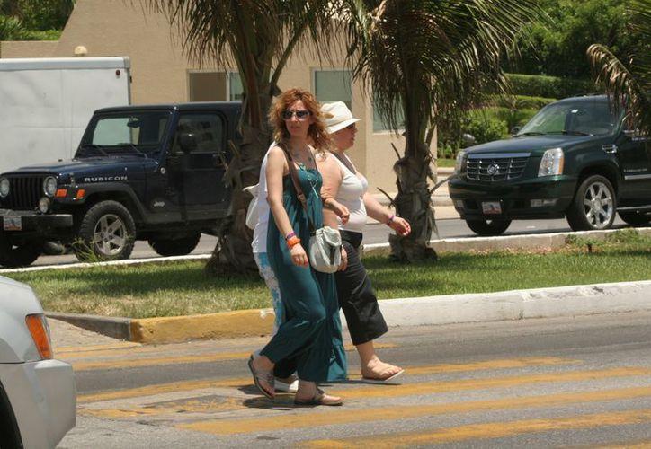 En los cambios se ha beneficiado a los peatones. (Jesús Tijerina/SIPSE)