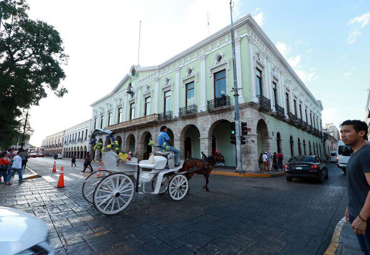 El Gobierno y el Congreso se ponen de acuerdo para que el dinero del presupuesto se aplique en los rubros necesarios para el desarrollo del Estado. (Novedades Yucatán)
