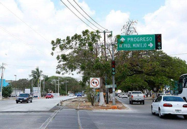 Las obras de remodelación de la calle 60 norte de Mérida aún no terminan, y no se entregará completamente sino hasta finales de abril, informó el alcalde, Renán Barrera Concha. (Cortesía)