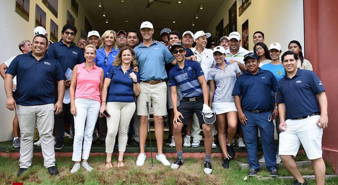 Clínica de golf con Patton Kizzire