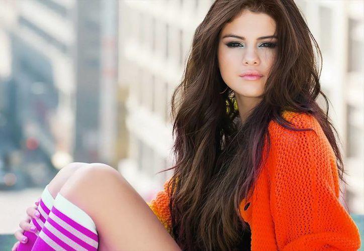 Selena minimizó la persecución mediática de la que es objeto. (dailyscreens.com)