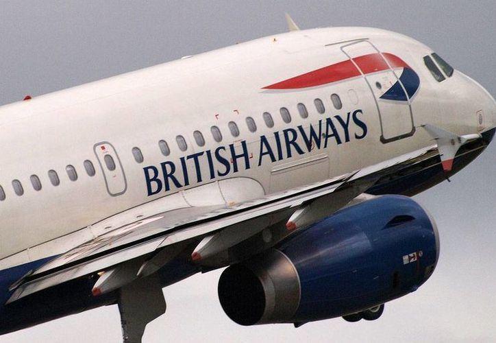 El vuelo de British Airways tuvo que ser desviado de su ruta original después que la mujer comenzó a dar a luz. (Agencias/Archivo)