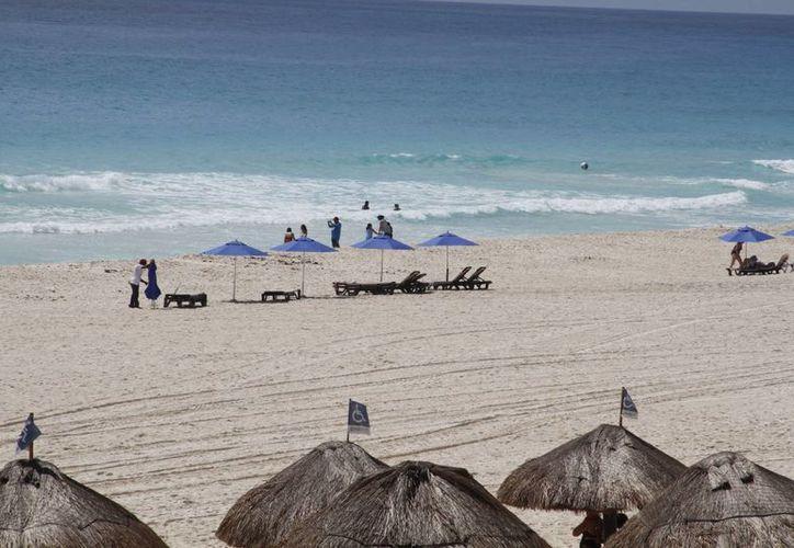 Tres playas de este destino cuentan con la certificación de bandera azul. (Sergio Orozco/SIPSE)