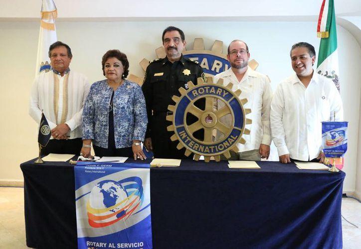 La Medalla Dr. Canseco González 2017 será entregada por rotarios al comandante de la SSP, Luis Felipe Saidén Ojeda, durante una Cena Gala el próximo 11 de marzo a las 21:00 horas en la Hacienda de Yacubú, de Acanceh. (Foto: José Acosta/SIPSE)