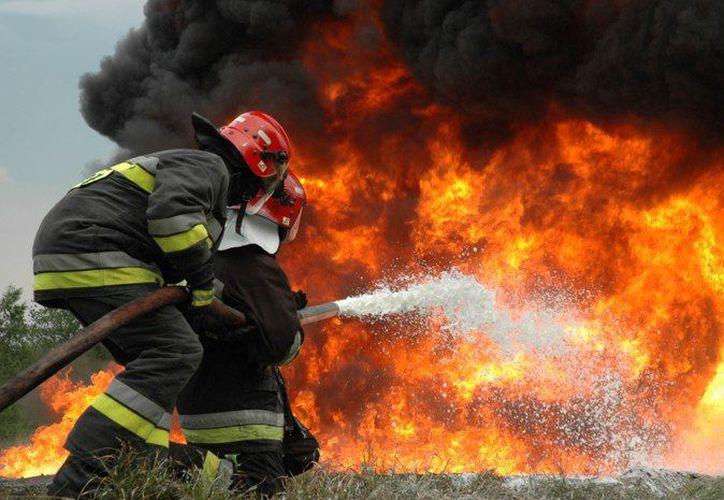 Se desconocen las causas del incendio, el cual sólo dejó pérdidas materiales. (Milenio)