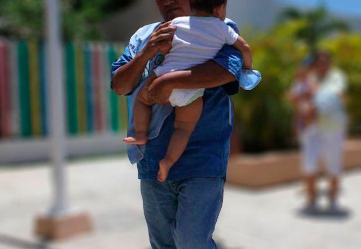 """Los hombres también son víctima de violencia intrafamiliar en Yucatán: 48 de ellos han denunciado; sin embargo, los números aún están muy """"lejanos"""" de lo que sufren las mujeres: más de 700 casos en  lo que va del año. (Archivo/SIPSE)"""