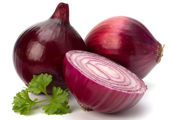 Las cebollas rojas son ricas en flavonoides, fitonutrientes muy beneficiosos para la salud cardiovascular. (SIPSE)