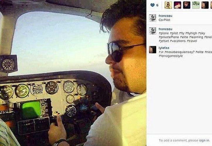 De copiloto, el hijo del funcionario de Quintana Roo. (Fotos: sdpnoticias.com)