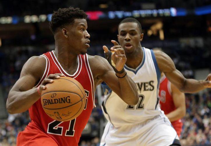 Jimmy Butler, de Bulls de Chicago, no se perderá el Juego de Estrellas, pero sí el de destrezas. (theepochtimes.com)