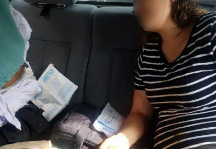 Loe elementos de seguridad acudieron a auxiliar a la mujer tras ser llamados por su esposo, ésto ocurrió en plena carretera Guadalajara - Zapotlanejo (Excelsior)