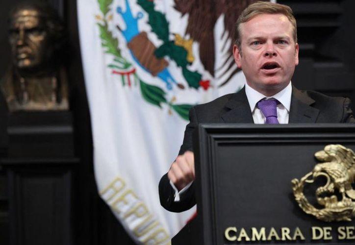 El legislador ecologista, Arturo Escobar,insistió en que con oportunidad se solicitó bajar los cineminutos. (foto tomada de veredictopopular.mx)