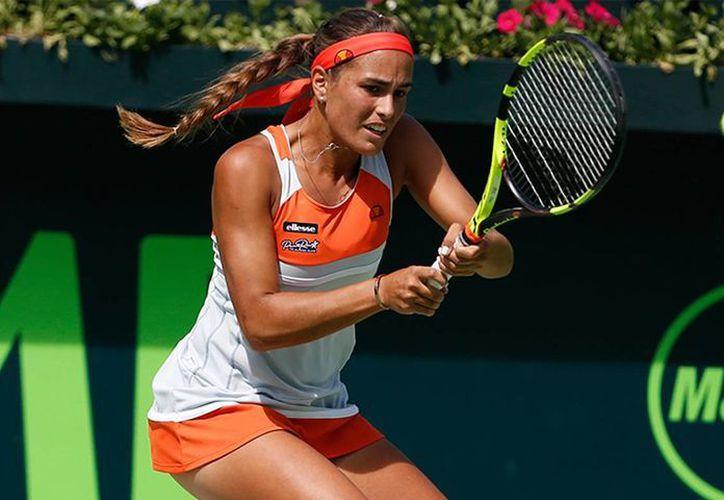 La puertorriqueña Mónica Puig se impuso sobre la mexicana Marcela Zacarías por 6-2 y 7-5 este martes en el Abierto de Monterrey. (Abierto de Monterrey)