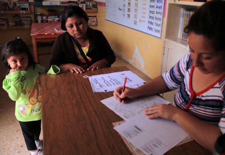 La Codhey advierte de que las cuotas de colaboración se  conviertan en condicionante para acceder a la escuela. (José Acosta SIPSE)