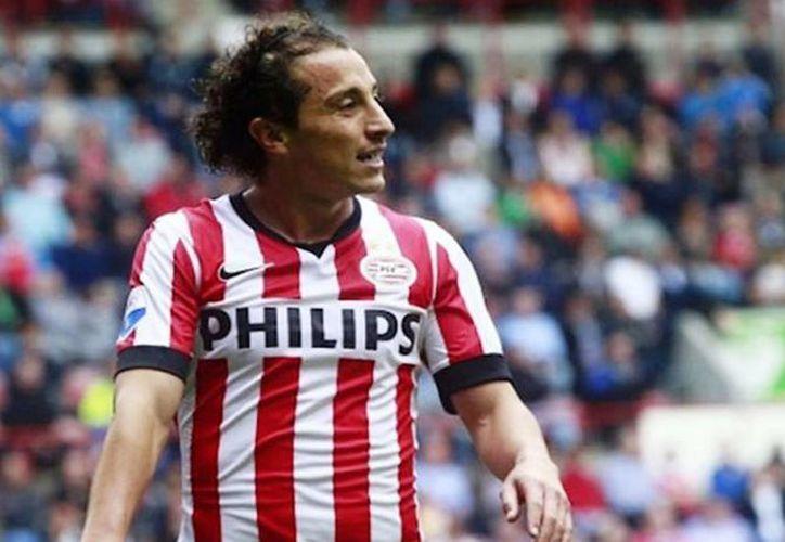El PSV Eindhoven, donde milita el mexicano Andrés Guardado, se mantiene como líder en la Liga Holandesa. (AP/Archivo)