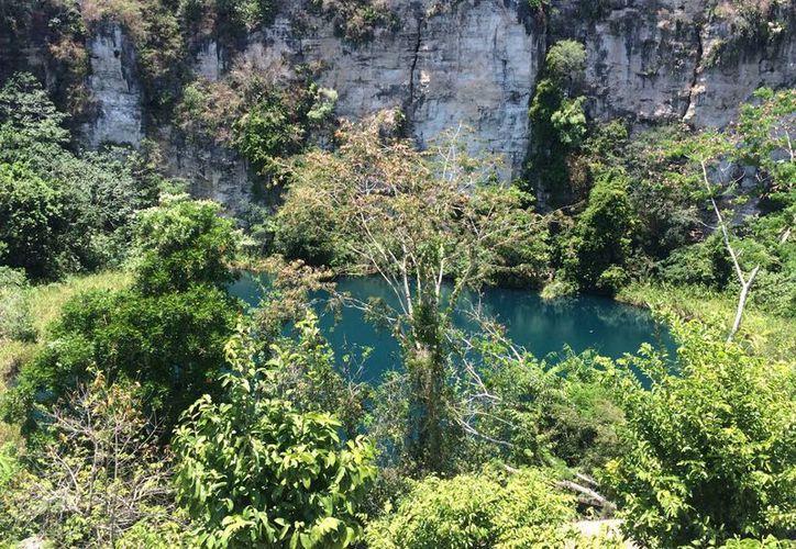En los ejidos hay cenotes que destacan por su belleza y son utilizados para actividades turísticas. (Gerardo Amaro/SIPSE)