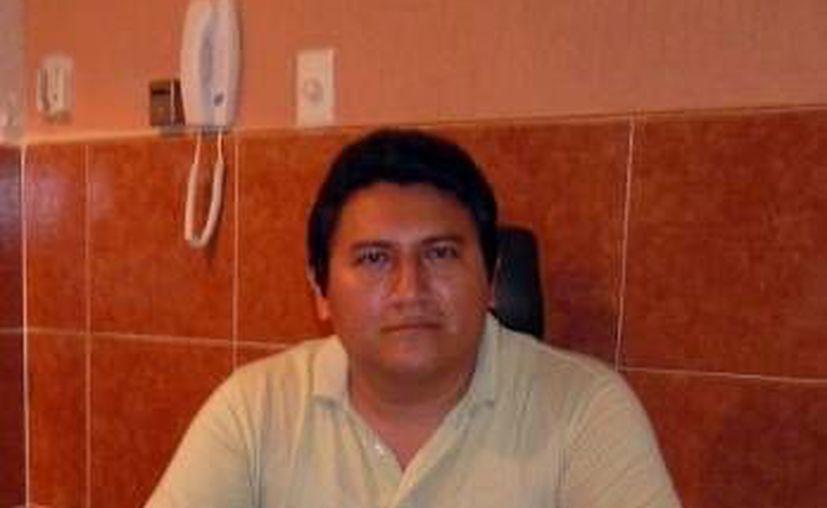El abogado Diego Adán Chan Viana dijo que lleva más de 100 expedientes de los extrabajadores. (Milenio Novedades)