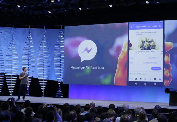 Mark Zuckerberg hizo la presentación oficial de la nueva plataforma de Facebook durante la conferencia para desarrolladores en San Francisco. (AP)