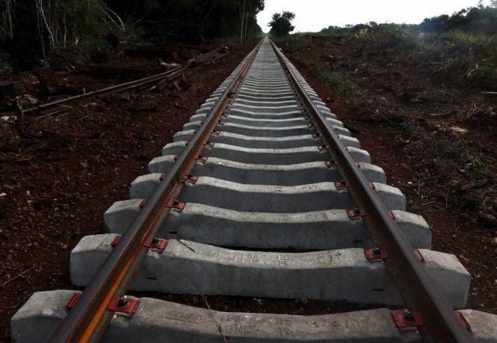 El contrato de rehabilitación y modernización de las rieles que atañen al Ferrocarril de Yucatán  concluye en noviembre próximo. (Milenio Novedades)