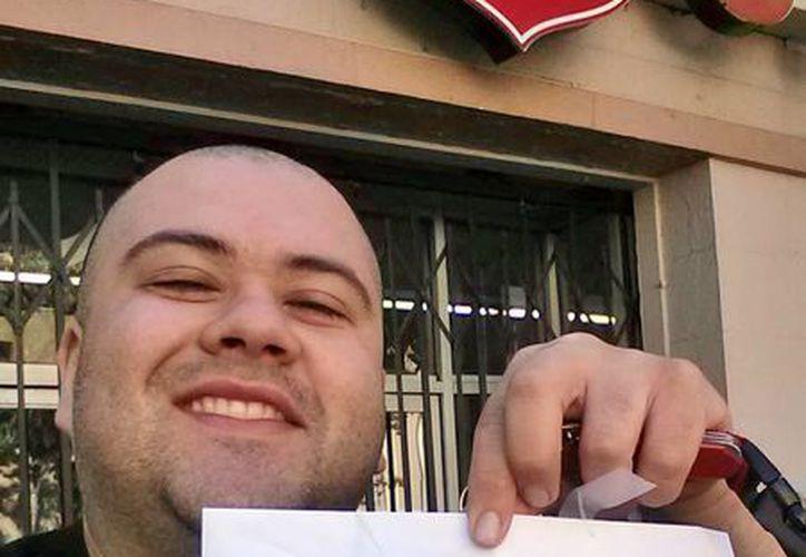 Sergio Loza siguió las pistas de un usuario de Twitter llamado @HiddenCash para encontrar el dinero. (Agencias)