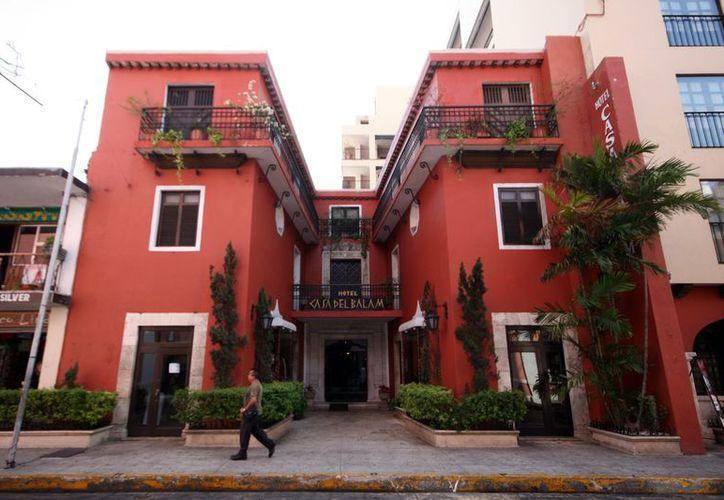Los hoteleros realizan promociones, según sus posibilidades. (Antonio Sánchez/SIPSE)