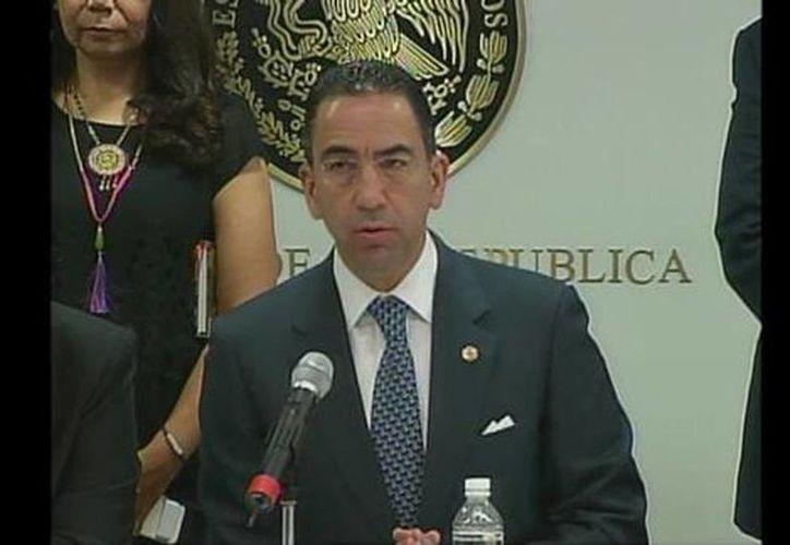 Javier Lozano, presidente de la Comisión de Comunicaciones y Transportes del Senado durante su intervención en el Senado. (Angélica Mercado/Milenio)