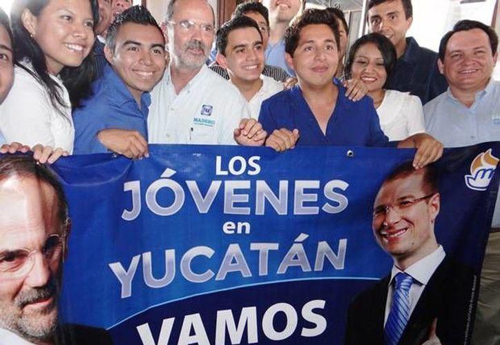 Gustavo Madero durante su gira por Yucatán. (SIPSE)