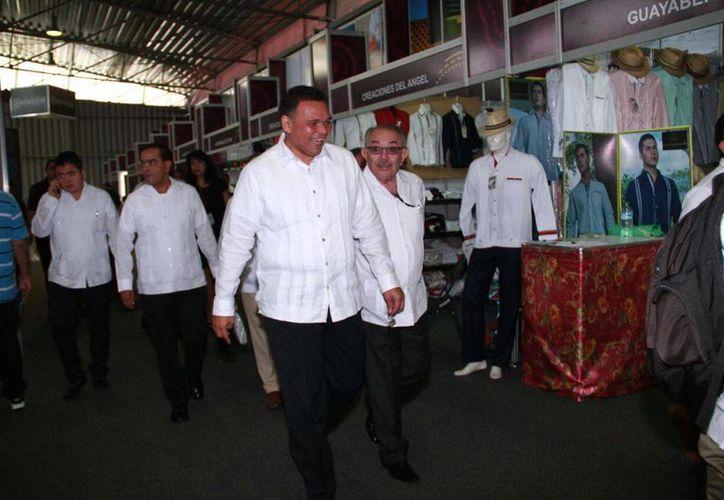 El gobernador Rolando Zapata convivirá este sábado con maestros incluso con 30, 40 y 50 años de servicio a la educación. (Jorge Acosta/Milenio Novedades)