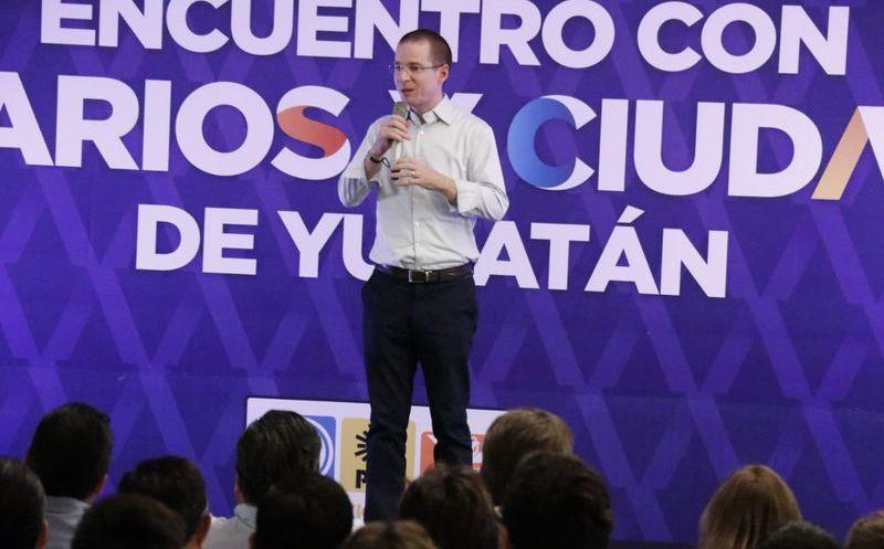 Ricardo Anaya realizó su primera visita a la entidad, ya como candidato presidencial. ( Foto: José Acosta/Milenio Novedades)