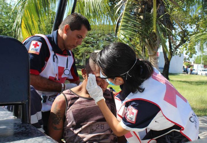 El joven recibió golpes en la cara con un palo. (Foto: Redacción)