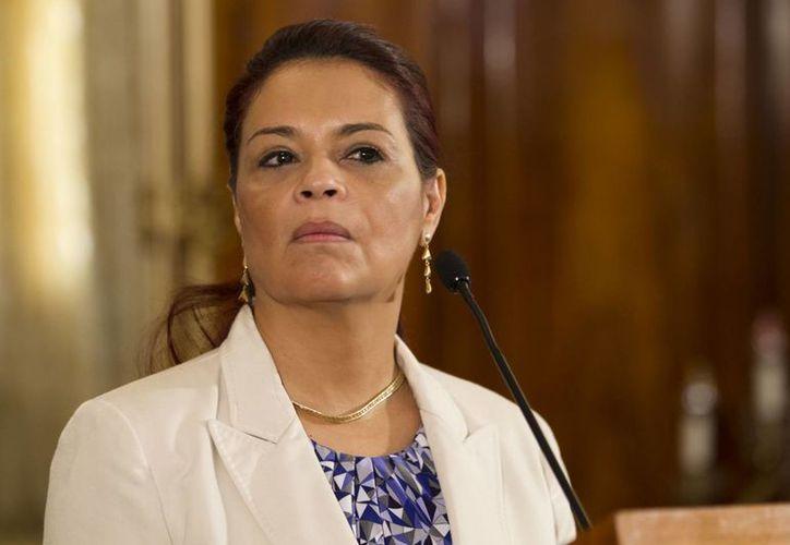 Es la primera vez en la historia de Guatemala en que una vicepresidenta del gobierno deja el cargo por escándalos. (AP)