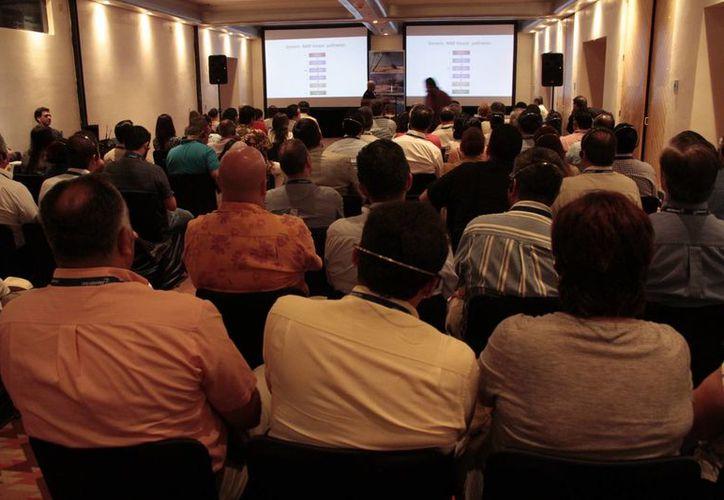 Realizan la Semana Nacional de Gastroenterología en el Cancún Center. (Tomás Álvarez/SIPSE)