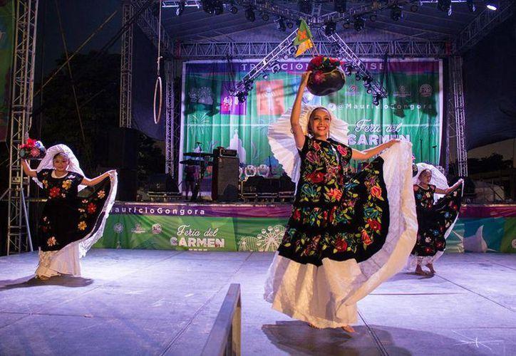 El tercer domingo de septiembre estará en escena el ballet folclórico del Norberto  Valenzuela. (Octavio Martínez/SIPSE)