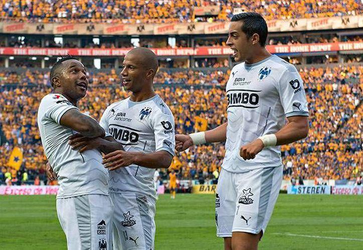 Monterrey dio una cátedra del gol esta tarde en el Universitario de Nuevo León. Si quieren avanzar a semifinales, los Tigres tienen que golear con tres o más en la vuelta. (Mexsport)