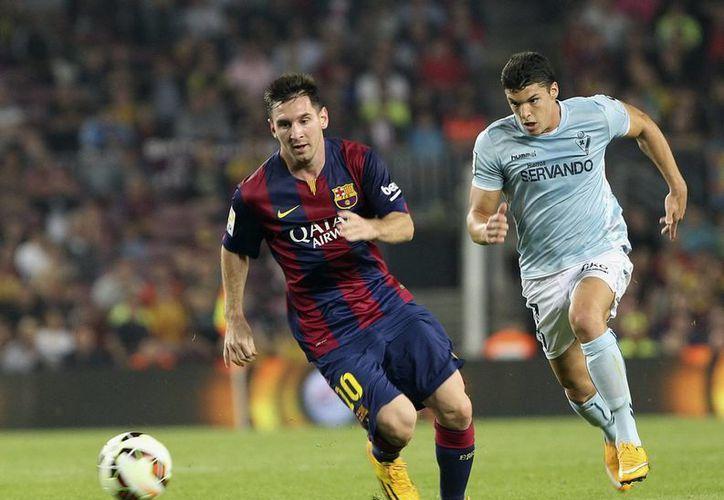 Lionel Messi está a muy pocos partidos, tal vez solo uno, de romper el récord de Telmo Zarra como máximo goleador en la historia de la Liga de España. (EFE)