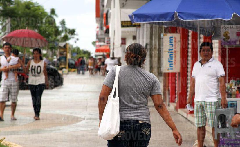 La violencia económica tuvo una baja de 6.8 puntos porcentuales. (Joel Zamora/ SIPSE)