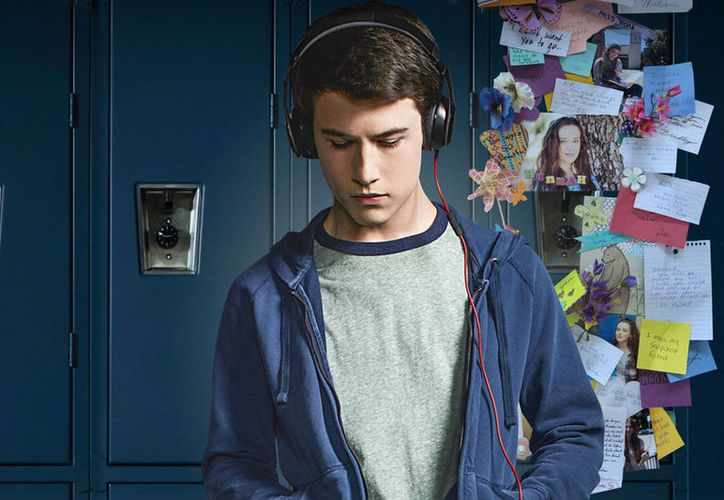 La  serie producida por Selena Gómez está basada en un best seller de Jay Asher. (Netflix).