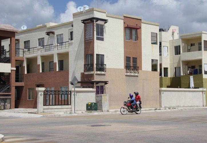 Una vivienda costaría 100 mil pesos más con los cambios del impuesto. (Luis Soto/SIPSE)