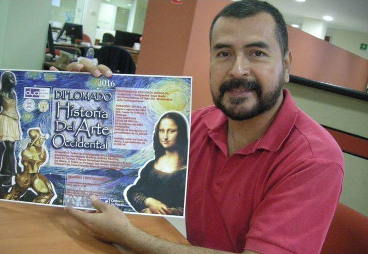 El Maestro Arquitecto José Francisco Romero López, convoca al Diplomado en Historia del Arte Occidental en Cancún. (Alejandra Flores/SIPSE)