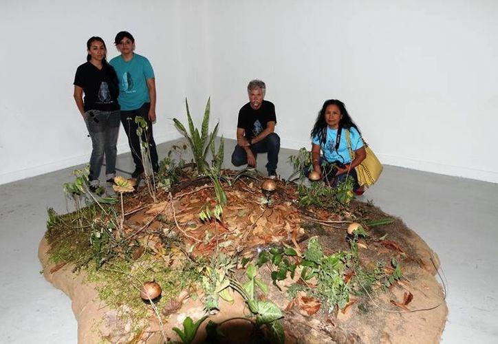 El colectivo Tzay Kin está presente en la muestra que se abrirá mañana en el Museo de la Ciudad de Mérida. (Cortesía)